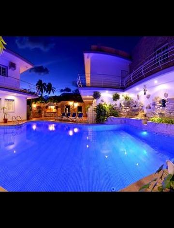 Espectacular  piscina para disfrutar de su estancia